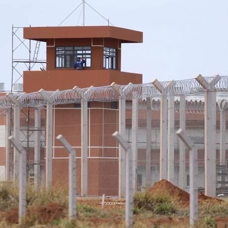 Presídio federal de Brasília está prestes a ficar pronto, após anos de problemas na execução da obra Foto: Jorge William / Agência O Globo