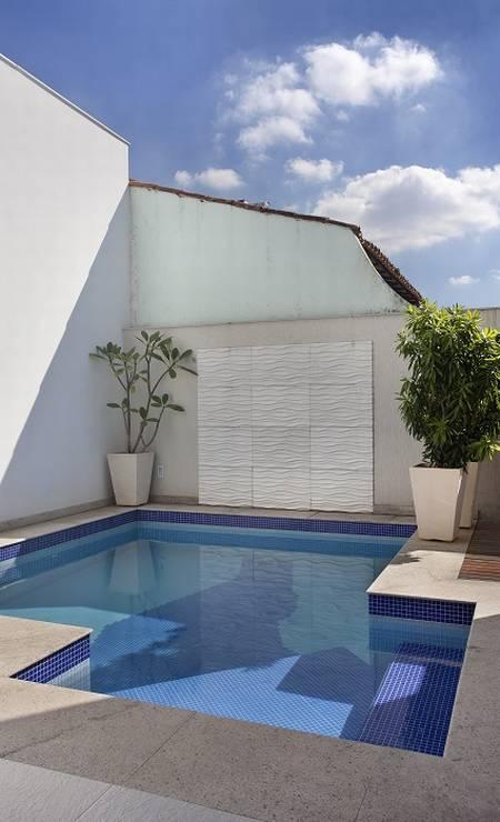 Uma piscina também foi construída Foto: Divulgação
