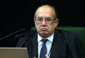 O o ministro Gilmar Mendes, durante sessão da Segunda Turma do Supremo Tribunal Federal Foto: Jorge William/Agência O Globo/03-10/2017