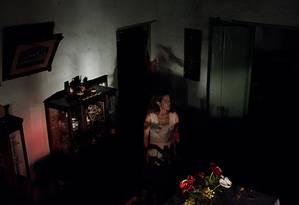 Em 'Açúcar', Maeve Jinkings é Maria Bethânia, herdeira das terras onde funcionou um engenho de açúcar Foto: Divulgação