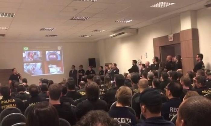 Operações da PF desmantelam esquema internacional de tráfico de cocaína