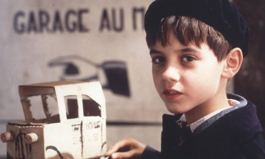 A mostra 'Jacques Demy: entre o realismo e a fantasia' traz filmes do diretor e longas que foram influenciados por sua obra. É o caso de 'Jacquot de Nantes' (de 1991, na foto), de Agnès Varda, que será exibido às 18h desta quarta. Antes, passam 'A Baía dos Anjos' (1963), às 14h, e 'Pele de Asno' (1970), às 15h, ambos de Demy. Av. Almirante Barroso 25, Centro — 3980-3815. Qui, às 14h, às 15h e às 18h. R$ 2 (meia-entrada) e R$ 4 Divulgação