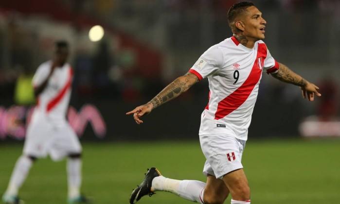 TV diz que Guerrero foi flagrado em exame antidoping nas eliminatórias