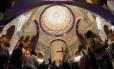 A cúpula da Basílica de Nossa Senhora Aparecida: inauguração com festa