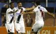 Andrés Rios comemora o segundo gol do Vasco sobre o Avaí: argentino quase passou de herói a vilão