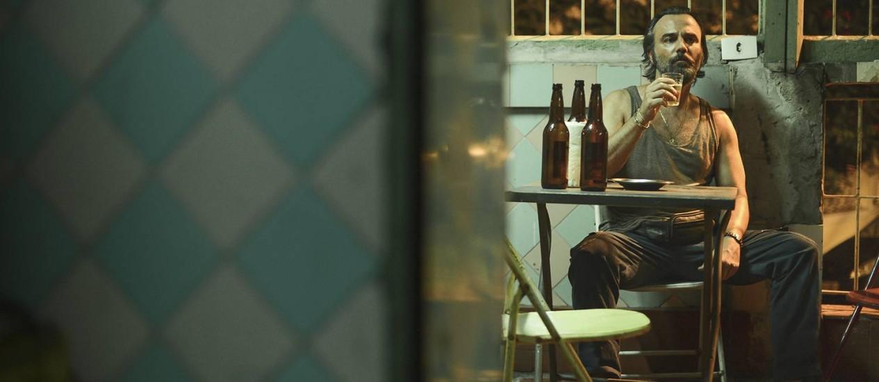 Cena de 'Como é cruel viver assim', de Julia Rezende Foto: Divulgação