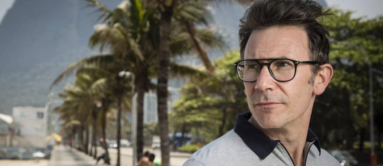 O cineasta francês Michel Hazanavicius lança filme sobre Godard no Festival do Rio Foto: Fernando Lemos / O Globo
