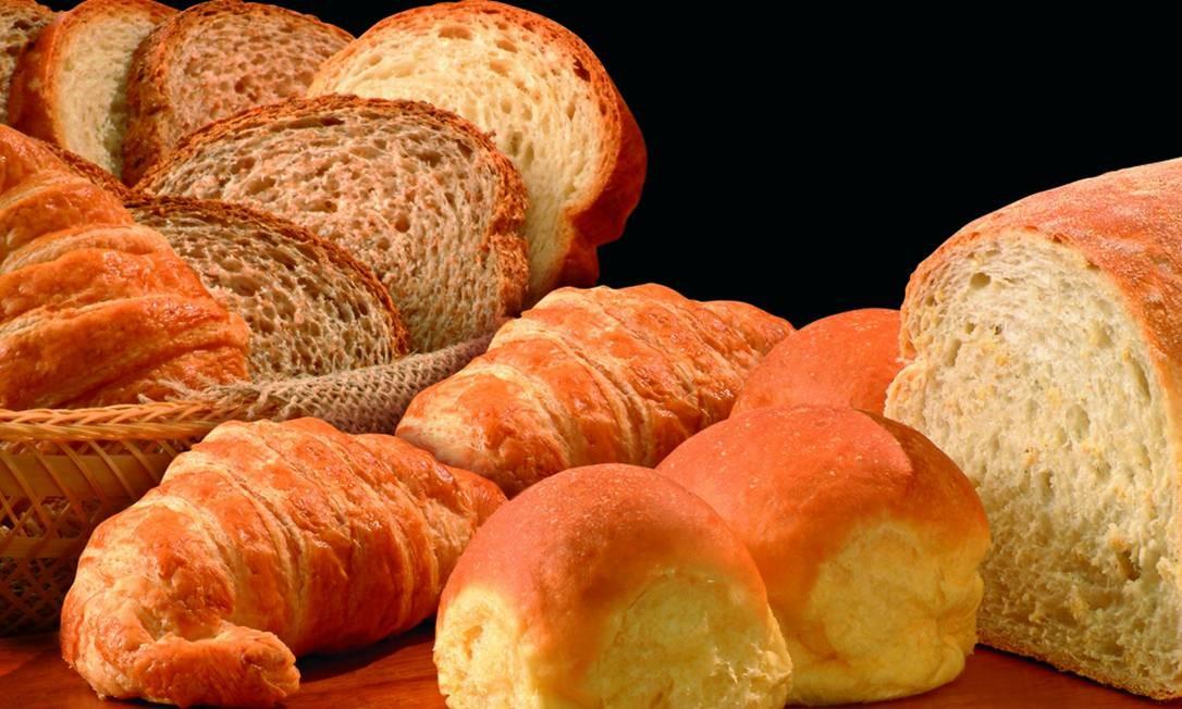 A filial do Leblon tem pedidas como o clássico pão de forma Petrópolis (R$ 7,30, com 320g), o pão de forma integral (R$ 7,30, com 270g), o careca (R$ 6, com quatro unidades), o integral com gergelim (R$ 6,50, com quatro unidades) e o esponjinha (R$ 29 o quilo). Av. Ataulfo de Paiva 644, Leblon — 2540-7900. Diariamente, das 8h30 à meia-noite Foto: Divulgação