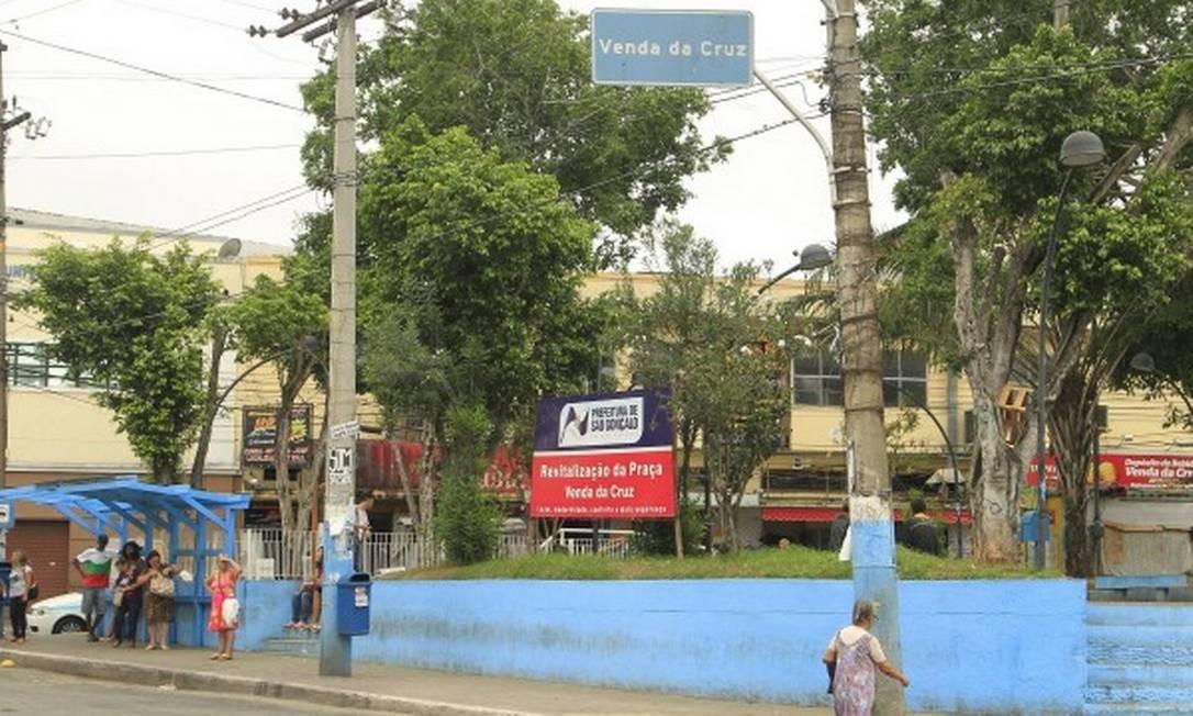 Comerciante é morto na porta de sua loja, em São Gonçalo