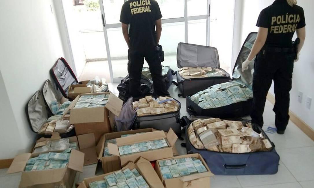 PF achou digitais de assessor de irmão de Geddel em 'bunker' com R$ 51 milhões