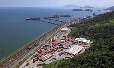Porto de Itaguaí Foto: NelsonWenglarek / Agência O Globo