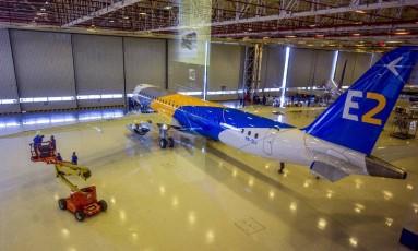 E195-E2, jato comercial da Embraer Foto: Lucas Lacaz Ruiz / Agência O Globo
