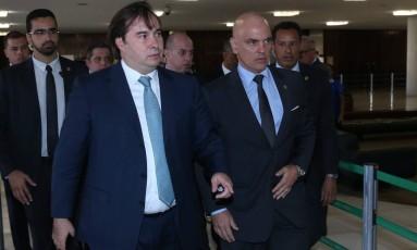 O presidente Câmara dos Deputados, Rodrigo Maia (DEM-RJ), durante encontro com o ministro do STF Alexandre de Moraes Foto: Ailton de Freitas/Agência O Globo