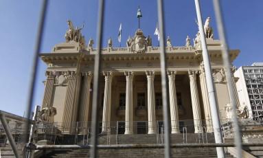 Fachada do Palácio Tiradentes, sede da Alerj Foto: Gustavo Miranda / Agência O Globo