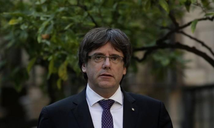 Governo espanhol irá propor suspensão da autonomia da Catalunha