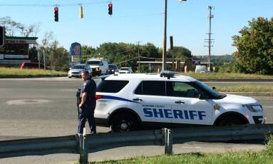 A polícia do condado de Harford foi acionada após relatos de disparos em um centro industrial em Maryland, nos Estados Unidos Foto: Kenneth K. Lam / The Baltimore Sun via AP