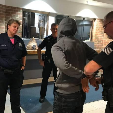 Michael Zaydel se entregou no início da noite de segunda-feira Foto: REPRODUÇÃO