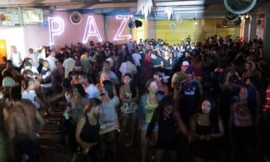 O Clube Emoções, na Rocinha, é point da comunidade e de moradores da Zona Sul. Local foi tombado pelo Inepac. Foto: Gabriel de Paiva