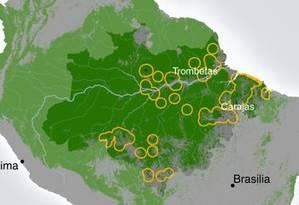 Localização dos projetos de mineração na Amazônia e as áreas em seu entorno analisadas no estudo Foto: Reprodução/Nature Communications