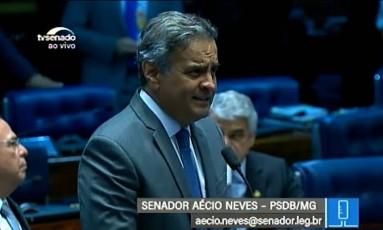 O senador Aécio Neves (PSDB-MG) em seu retorno ao Senado Foto: Reprodução/TV Senado