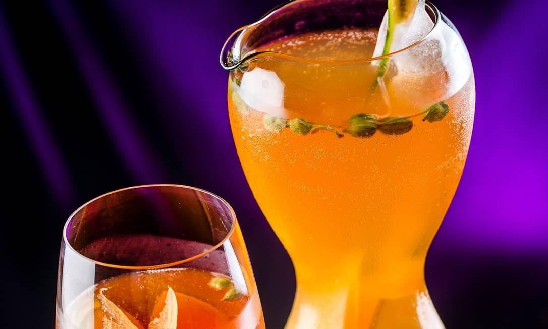 O Clericot Melon Rosé (R$ 79,90 – 800ml) é a sugestão do Manekineko Ipanema: a bebida leva duo de melões (amarelo e cantaloupe), pera, xarope de melão, cardamomo, espumante rosé e gelo de ervas. Rua Barão da Torre 472, Ipanema — 2523-0300. Seg a sex, das 17h à meia-noite. Sáb, dom e feriados, das 11h30 à meia-noite Foto: Divulgação/Filico