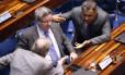 Os senadores Tasso Jereissati, Antonio Anastasia e Aécio Neves, todos do PSDB, no plenário do Senado Foto: Ailton de Freitas / Agência O Globo