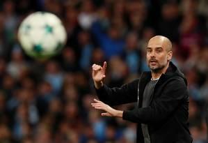 Pep Guardiola comanda o Manchester City Foto: JASON CAIRNDUFF / Action Images via Reuters