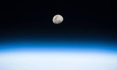 A Lua vista pela Estação Espacial Internacional Foto: NASA