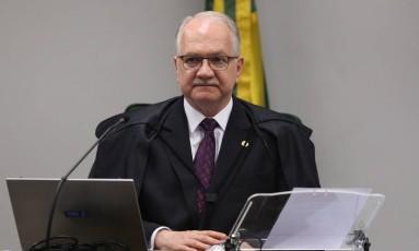 O ministro Edson Fachin, durante sessão do Supremo Tribunal Federal Foto: Givaldo Barbosa / Givaldo Barbosa/Agência O Globo/17-10-2017
