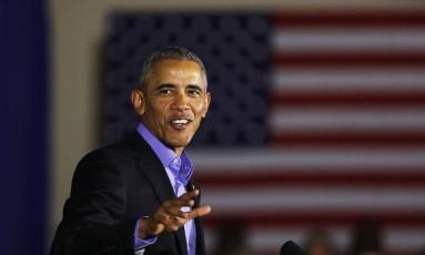 O ex-presidente dos EUA Barack Obama discursa em um comício do candidato democrata Phil Murphy em Nova Jérsei Foto: SPENCER PLATT / AFP