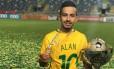 Alan foi campeão sul-americano com o Brasil Foto: Reprodução