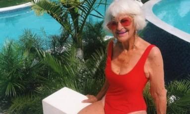 Baddie Winkle de maiô no The Cliff Hotel Foto: Reprodução