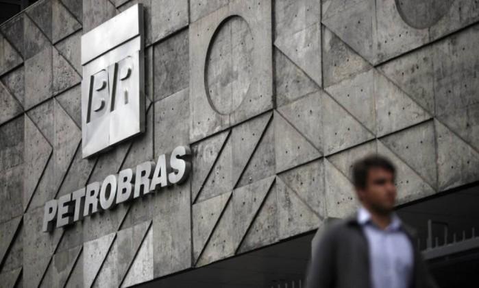 PF realiza operações contra desvios na Petrobras em Recife