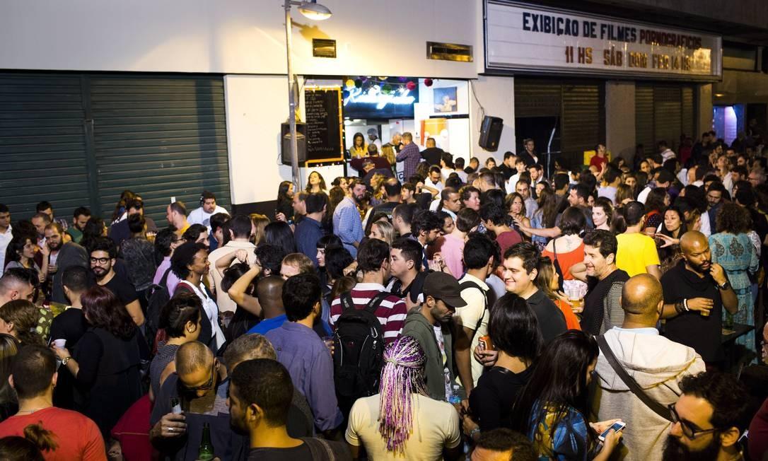 Prefeitura interdita parcialmente a festa na rua do Rivalzinho - Jornal O  Globo 8cbf870a0f0