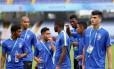 Jogadors da seleção brasileira fizeram o reconhecimento do gramado no sábado Foto: Divulgação/CBF