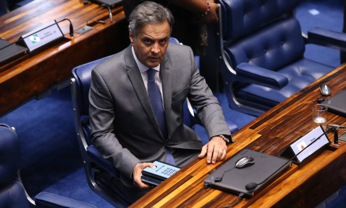 Resultado de imagem para Aécio diz que será candidato ao governo de Minas ou ao Senado em 2018
