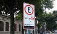 Placas de estacionamento adulteradas na Zona Sul Foto: Divulgação