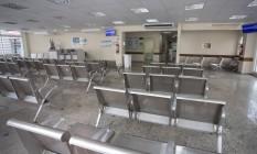 Cena rara. A emergência do Hospital Rocha Faria, sem pacientes Foto: Marcia Foletto / Agência O Globo