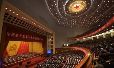 Visão geral da abertura do 19º Congresso do Partido Comunista em Pequim Foto: NICOLAS ASFOURI / AFP