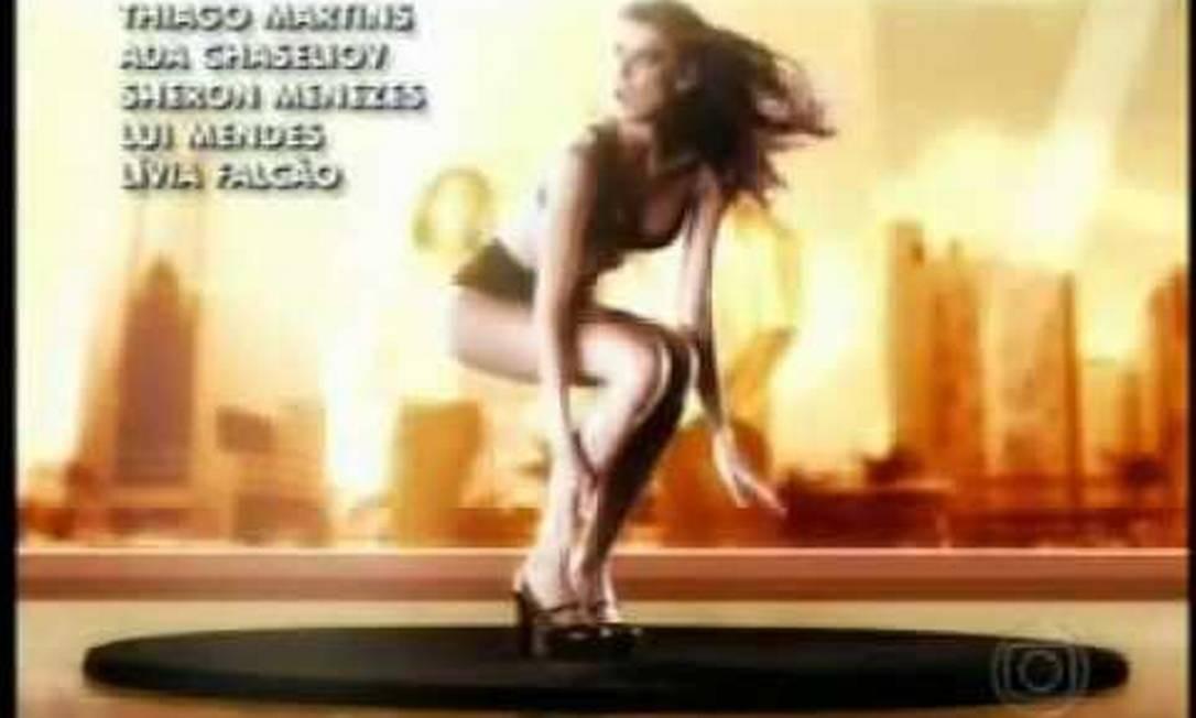 """Apelidada como """"o corpo"""", Michelle Alves ficou conhecida do grande público ao aparecer de lingerie na abertura da novela """"Belíssima"""", de 2005 Foto: Reprodução"""