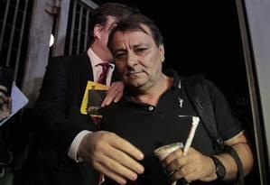 Cesare Battisti deixando a Polícia Federal, em São Paulo Foto: REGINALDO CASTRO / AFP