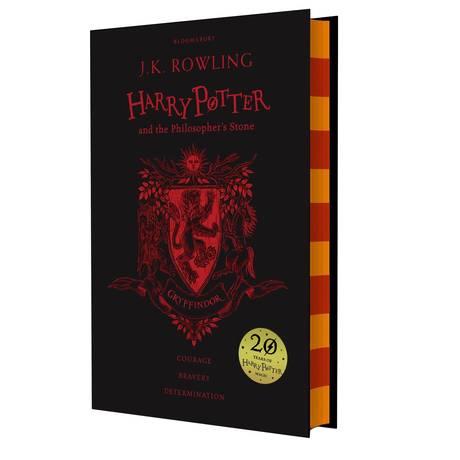 Capa da nova edição inglesa de 'Harry Potter e a Pedra Filosofal' Foto: Reprodução