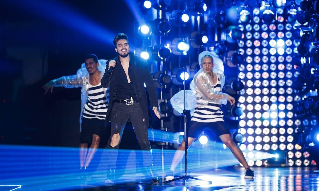 Luan Santana foi um dos destaques da noite com os prêmios de melhor cantor e melhor clipe TVZ Foto: Barbara Lopes / Agência O Globo