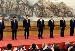 Novo politburo nomeado por Xi é composto por sete figuras de influência no Partido Comunista da China Foto: JASON LEE / REUTERS