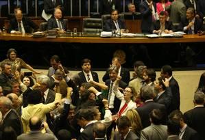 Câmara dos Deputados na sessão para analisar a segunda denúncia contra Temer Foto: Ailton de Freitas / Agência O Globo