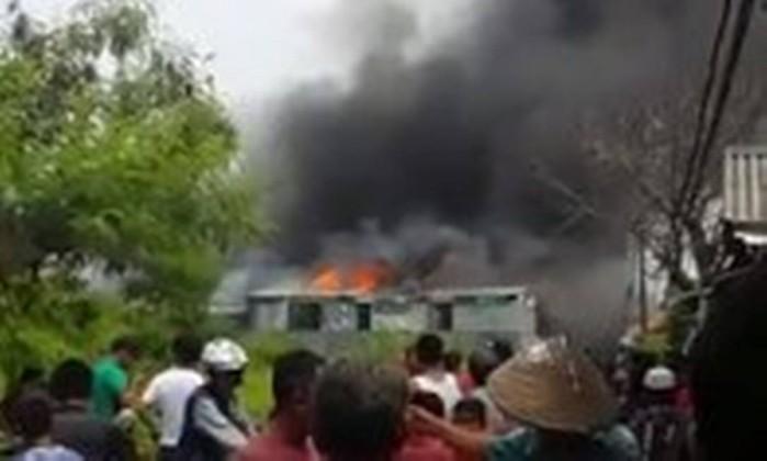 Indonésia. Incêndio numa pirotecnia faz 47 mortos