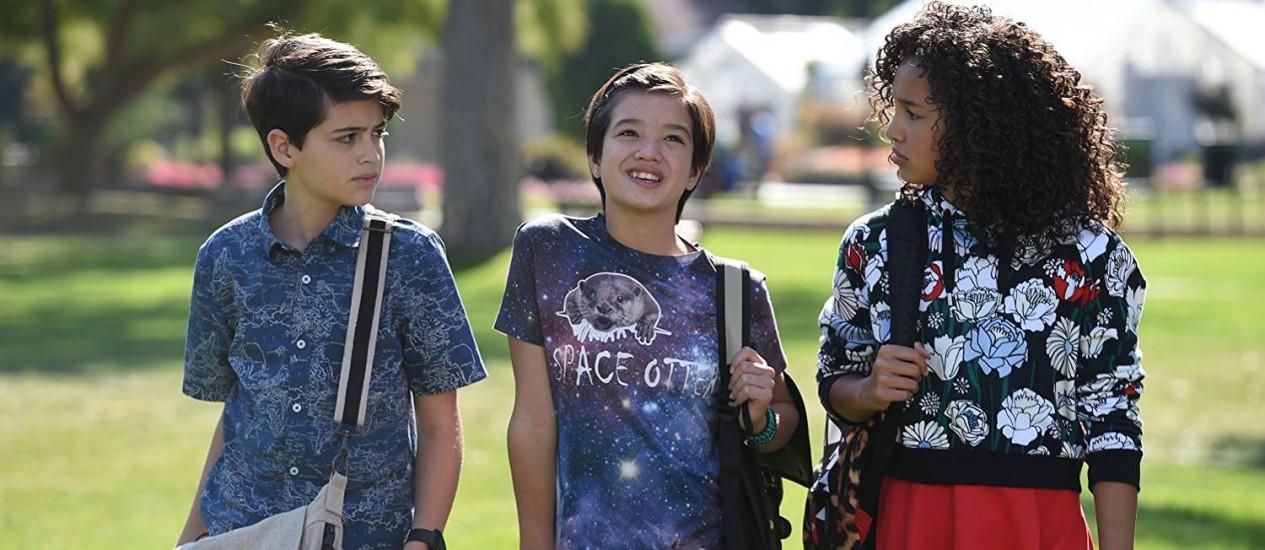 Os atores Joshua Rush, Peyton Elizabeth Lee e Sofia Wylie em cena da série 'Andi Mack' Foto: Divulgação