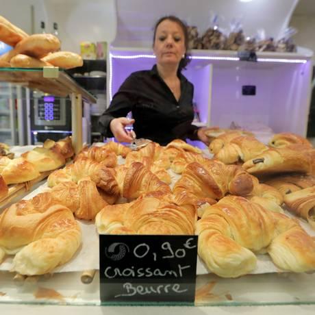 Os preços do croissant já começaram a subir por causa do encarecimento da manteiga Foto: ERIC GAILLARD / REUTERS