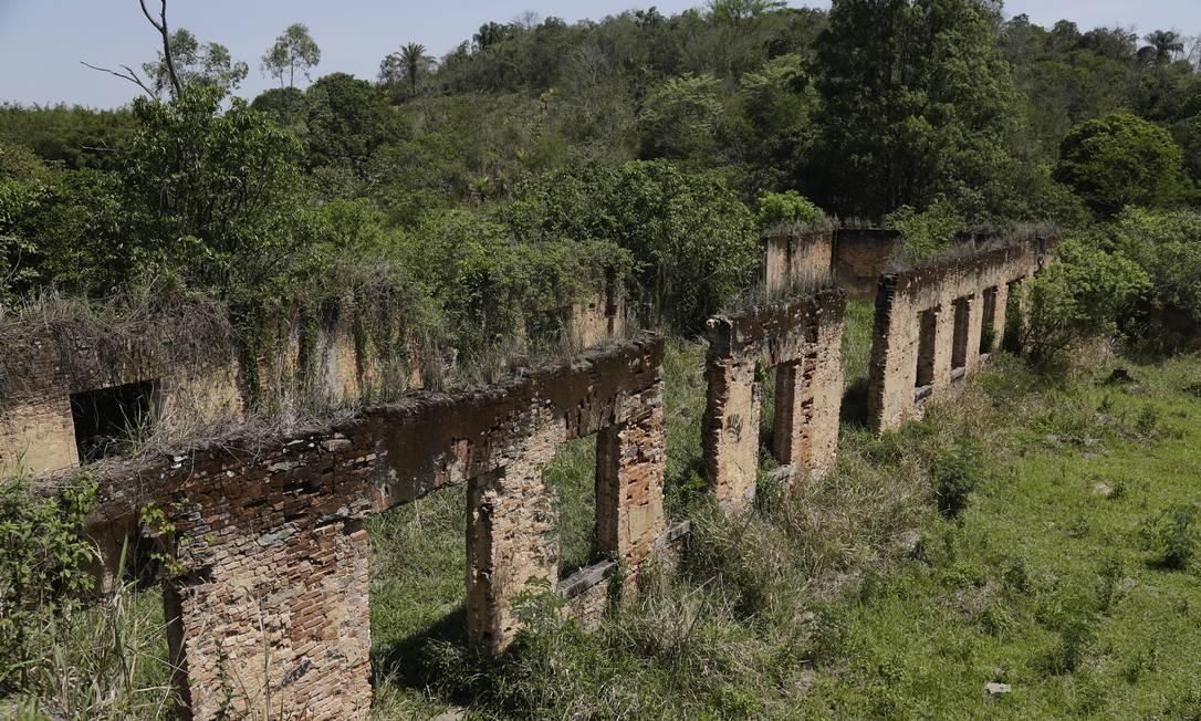 Destruída em 1980, em função de um incêndio, Fazenda São Bernardino lembra pouco a construção de ensino neoclássico de quando foi criada, em 1875 Gustavo Miranda / Agência O Globo