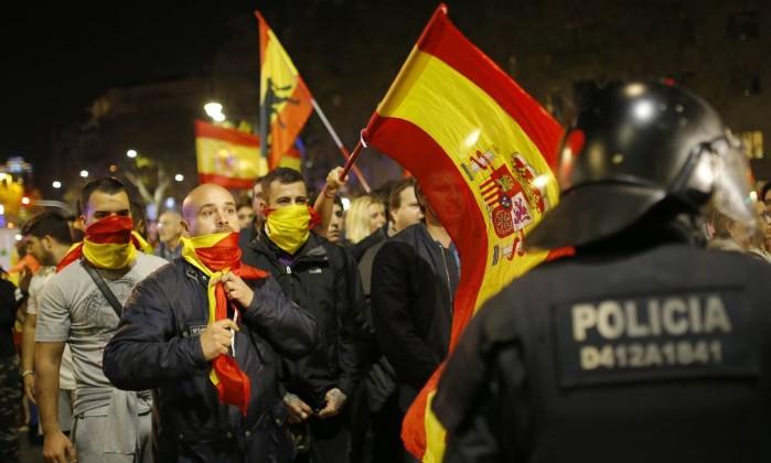Espanha destitui principal responsável da polícia da Catalunha